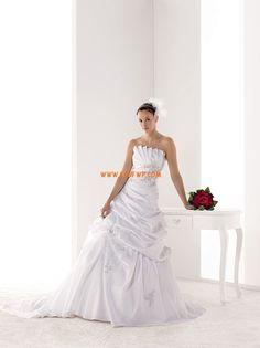 Elegant & Luxurious Appliques Lace-up Wedding Dresses 2014