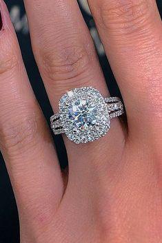 Wedding Rings Simple, Diamond Wedding Rings, Bridal Rings, Unique Rings, Beautiful Rings, Wedding Jewelry, Wedding Bands, Big Diamond Rings, Solitaire Rings