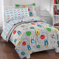 Dream Factory Space Rocket Complete Bed in a Bag Bedding Set