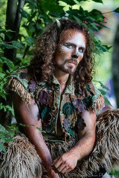 New York Renaissance Faire. Renaissance Festival Costumes, Medieval Costume, Renaissance Clothing, Renaissance Fair, Forest Creatures, Woodland Creatures, Faun Makeup, Narnia, Fairy Costume Diy