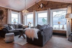 Gray upholstery cools down warm walls with creamy curtains. Country Girl Home, Knotty Pine Walls, Apartment Living, Living Room, Log Home Interiors, Cottage Design, Scandinavian Home, Log Homes, Family Room