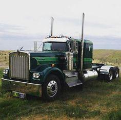 Kenworth Trucks Costum Ideas For You Big Rig Trucks, Semi Trucks, Cool Trucks, Custom Big Rigs, Custom Trucks, Trailers, Big Ride, Ranger, Truck Paint