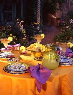 Cinco  de  Mayo is manana............................Better start this party with a margarita!   A festive table setting.......................