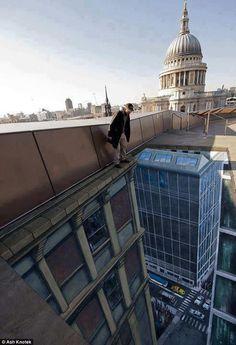 Amazing 3d street art - Jokideo // Funny Pictures & Funny Jokes