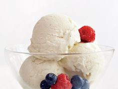 This super easy recipe for frozen yogurt only uses 4 ingredients and doesn't require any cooking!View Recipe: No-Cook Fro-Yo