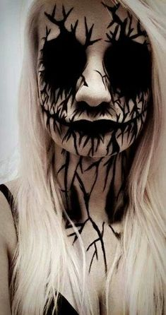 Scary Halloween make up. Are you looking for the most scary Halloween makeup Halloween costume diy ideas to look the best at the party? See our photo collage to pick the one that fits the costume.