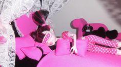 Como fazer travesseiro e almofada para boneca Monster High, Barbie e etc