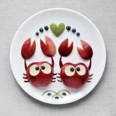 Soul Food Mac And Cheese - Food Design Pizza - Elegant Halloween Food Cute Snacks, Cute Food, Yummy Food, Toddler Meals, Kids Meals, Kreative Snacks, Food Art For Kids, Creative Food Art, Food Carving