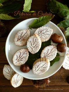 castaña, polvorón Cake Cookies, Cupcake Cakes, No Egg Desserts, Biscuits, Coconut Cookies, Xmas Food, Vegan Sweets, Four, Cookie Recipes