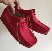 "Image of ""Riz Red Hot Summer"" Sycamore Style Custom Dyed Wallabee Clarks Shoe Groom Shoes, Shoes Men, Best Comfortable Shoes, Winter Shoes For Women, Clarks Originals, Fresh Shoes, Sneaker Boots, Custom Sneakers, Casual Shoes"