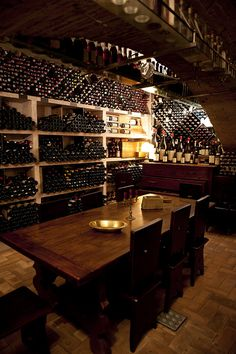 "Antica Bottega del Vino, Verona (Italy) I couldn't decide whether to place this under ""Oooh, I want to go there"", or ""Wine? Wine Not? Tasting Room, Wine Tasting, Wine Lovers, Home Wine Cellars, In Vino Veritas, Italian Wine, Wine Time, Wine Storage, Cafe Bar"