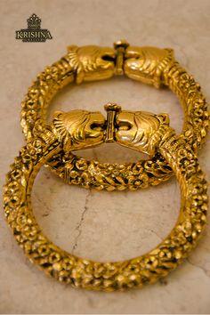 Brooch, Jewellery, Bracelets, Gold, Jewels, Jewelry Shop, Jewerly, Bracelet, Bangles
