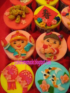 Chinese New Year Cupcakes by Jcakehomemade, via Flickr