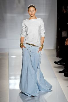 Major maxi dress at Balmain. Like the look, like the PIN.