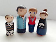 Custom Peg Doll Family  FREE SHIPPING by PinkPoppyShoppe on Etsy, $40.00+