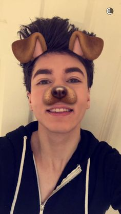 Paul zimmer:: hay I'm Cameron I'm 19 almost 20. I like to hang with my guys and with girls. I love to make musical.lys. anyway introduced?