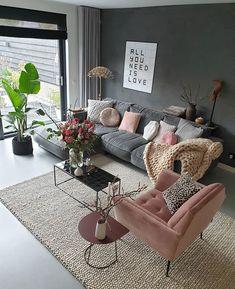 Minimalistic Living Room Colors Ideas To Inspire Your Apartment Decor Interior Design Living Room Warm, Living Room Decor Cozy, Living Room Colors, Home Living Room, Living Room Designs, Small Living Rooms, Mauve Living Room, Cozy Living Room Warm, Small Apartment Living