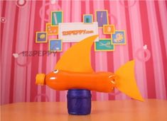 This page has lots of kids' activities using recycled materials