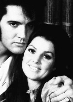 Both so beautiful - DDG ❤️💋 Elvis Presley Priscilla, Elvis Presley Family, Elvis Presley Photos, Lisa Marie, Music Icon, Graceland, Rock And Roll, Singer, Actors
