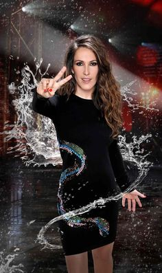 Malú - La Voz 4 - © Mediaset Pop Rock, Malu, Latina, Tops, Women, Style, Fashion, Singers, Music Artists
