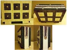 Boîte à bijou. Réalisée à partir d'un modèle tiré du livre Cartonnage - Coffrets raffinés et décoratifs d'Anne Lardy