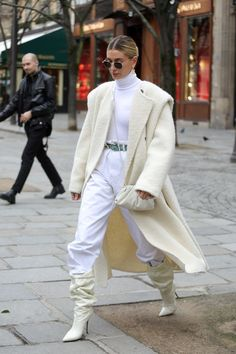 Hailey Baldwin 's Style File: Every One Of Hailey Bieber's Sexy Street style Looks Estilo Hailey Baldwin, Hailey Baldwin Style, Gigi Hadid, Modell Street-style, Athleisure, Fashion News, Fashion Models, Models Style, Justin Bieber