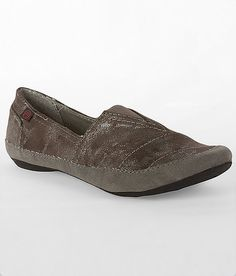 Big Buddha Breez Shoe (Buckle.com)- Pewter, size 9  (perfect toe! great for school spring/summer..)