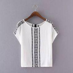 Resultado de imagem para t shirt feminina manga bordada