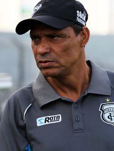 Éverton Goiano planeja mudar meio time do Treze para pegar o Atlético-PB +http://brml.co/1wl1Izj