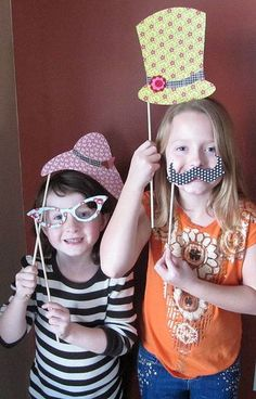 From the Jillibean Soup blog: What a cute idea for a kids birthday party.