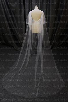 Got Married, Getting Married, Bridal Cape, Wedding Veil, Tulle, Dresses, Fashion, Vestidos, Moda