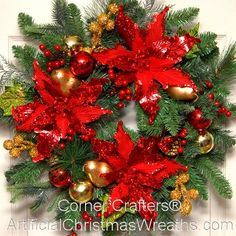 Poinsettia Wreath - 2015 - A poinsettia lover's dream wreath. Beautiful poinsettias & golden pears along with shatter proof red and gold balls adorn this gorgeous wreath. #poinsettiawreath
