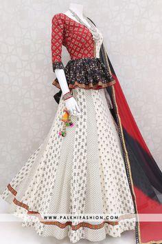 New Peplum Style Chaniya Choli Set With Beautiful Color Combination Palkhi fashion presents navratri garba off white printed chaniya choli with peplum blouse & chiffon dupatta.garba 2019 chaniya choli from palkhi fashion Indian Gowns Dresses, Indian Fashion Dresses, Dress Indian Style, Indian Designer Outfits, Indian Outfits, Stylish Dress Designs, Stylish Dresses, Simple Dresses, Navratri Dress