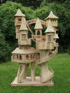 Bird's Castel