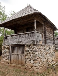 Traditional rural Romanian house in Gorj, Romania Rural House, Tiny House Cabin, Tiny House Design, Cabin Homes, Log Homes, Stone Cottages, Cabins And Cottages, Stone Houses, Stone Cabin