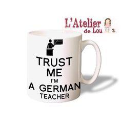 Trust Me I'm a German Teacher Coffee Mug - Original Gifts - Spülmachinenfest: Amazon.de: Kitchen & Home