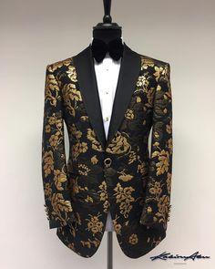 Excellence breeds success #kabiruabu #bespoke #savilerow #tailored #tux #suit #menstyle #menswear #mensfashion #gold #mayfair #art