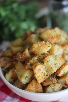 Dashing Dish: Oven Roasted Parmesan Garlic Potatoes