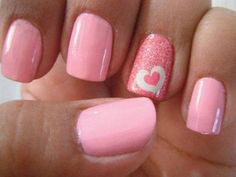 Heart Nail Designs Many are apprehensive about using glitter in its entirety. However, this design makes it look elegant and simple at the same time. The post Heart Nail Designs appeared first on Daily Shares. Heart Nail Designs, Fall Nail Art Designs, Pink Nail Designs, Nails Design, Pedicure Designs, Fingernail Designs, Salon Design, Cute Pink Nails, Pink Nail Art