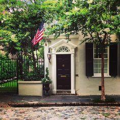 Beautiful architecture and cobblestones in Charleston