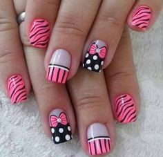 The 100 Trending Early Spring Nails Art Designs And colors are so perfect for Hope they can inspire you and read the article to get the gallery. Zebra Nails, Polka Dot Nails, Toe Nails, Fabulous Nails, Gorgeous Nails, Beautiful Nail Art, Spring Nail Art, Spring Nails, Diva Nails