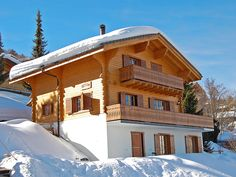 """""""Jescimi"""", chalet 210 on 3 levels. Large living/dining room 70 with open-hearth fireplace, cable TV and DVD. Exit to the balcony, to the Chalet Style, Ski Chalet, Kitchen Oven, Open Kitchen, Dark Wood, Hearth, Switzerland, Terrace, Dishwasher"""