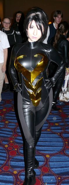 Probably the best Wasp cosplay I've seen.