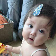 Cute Little Baby, Baby Love, My Baby Girl, Cute Asian Babies, Korean Babies, Kids Kiss, Cute Babies Photography, Baby Tumblr, Chubby Babies