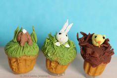 Make Dollhouse Miniature Cupcakes Decorate with Bunnies and Chicks: Make Miniature Easter Bunny and Chick Cupcakes in Dolls House Scales