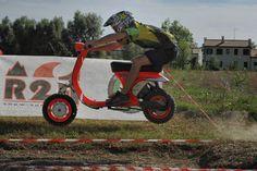 Motocros Orange Vespa
