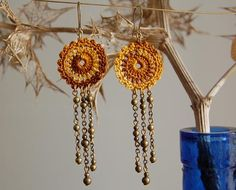 unjardíndehilo rev crochet earrings