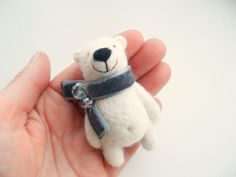 Needle felted brooch - polar bear