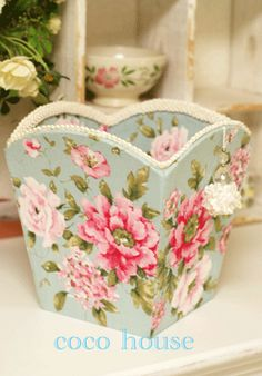 Get free Outlook email and calendar, plus Office Online apps like Word, Excel and PowerPoint. Sign in to access your Outlook, Hotmail or Live email account. Blue Shabby Chic, Shabby Chic Theme, Shabby Chic Style, Decoupage Vintage, Decoupage Paper, Craft Gifts, Diy Gifts, Creative Crafts, Diy And Crafts