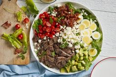 Steak Cobb Salad with Lime Vinaigrette Recipe Healthy Prepared Meals, Healthy Recipes, Lean Recipes, Yummy Recipes, How To Cook Eggs, What To Cook, Steak Salad, Cobb Salad, Lime Vinaigrette